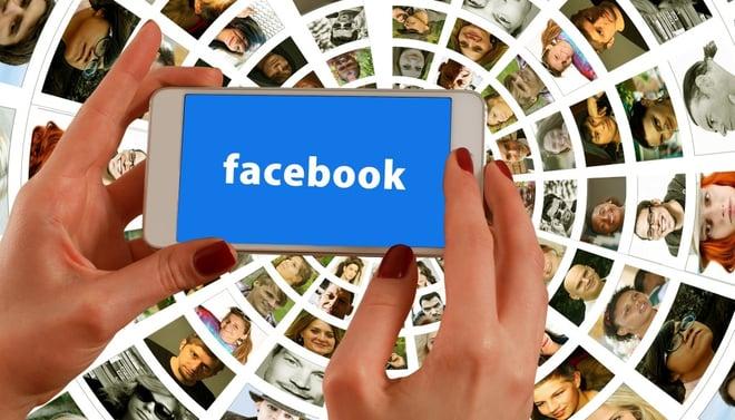facebook-hands